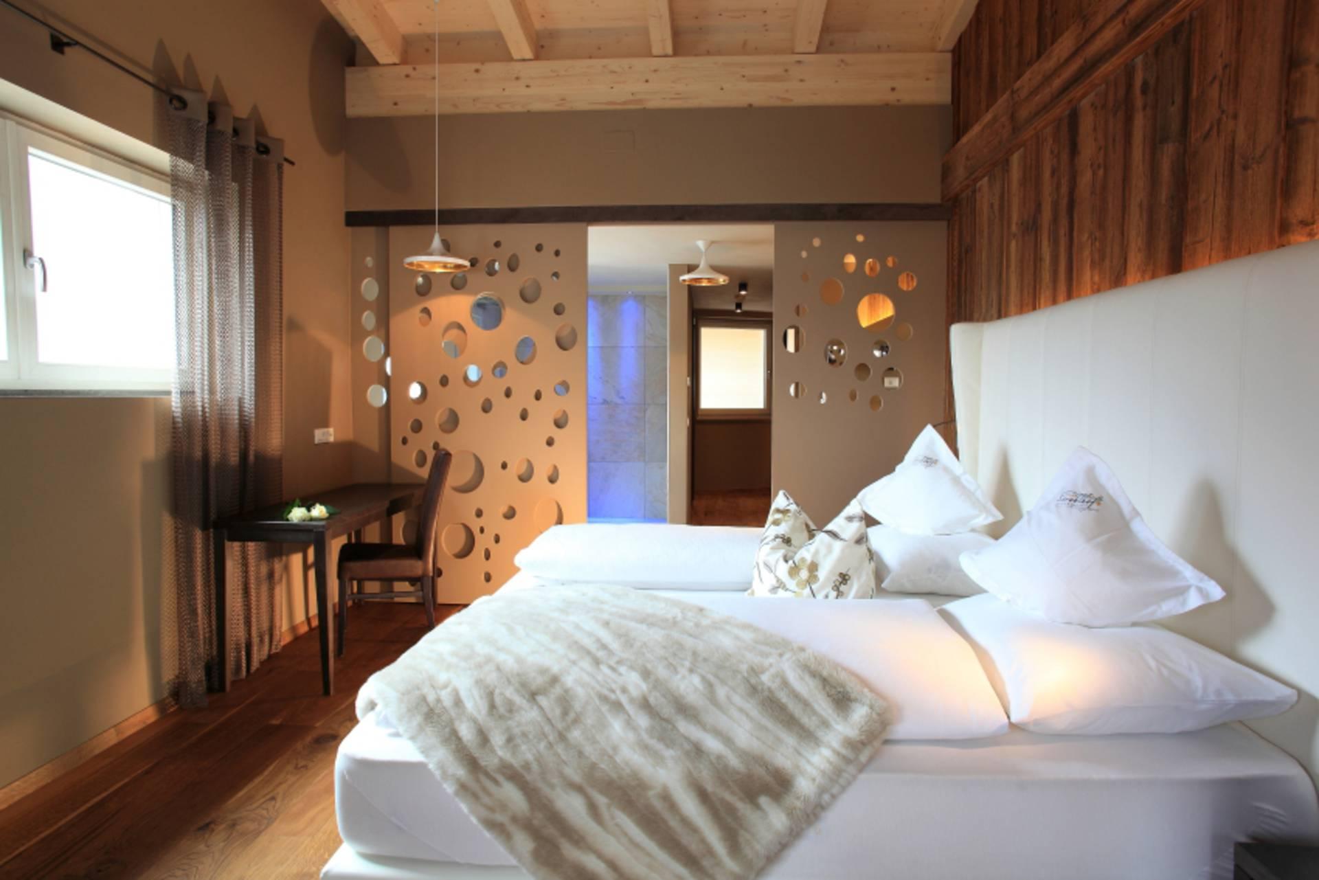 im passeiertal im hotel stroblhof urlaub machen. Black Bedroom Furniture Sets. Home Design Ideas