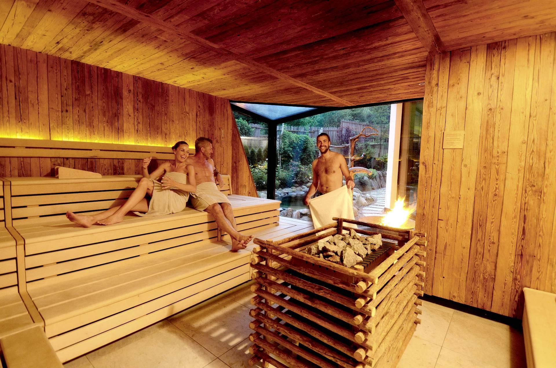 wellnesshotel s dtirol das passeirer saunad rfl. Black Bedroom Furniture Sets. Home Design Ideas