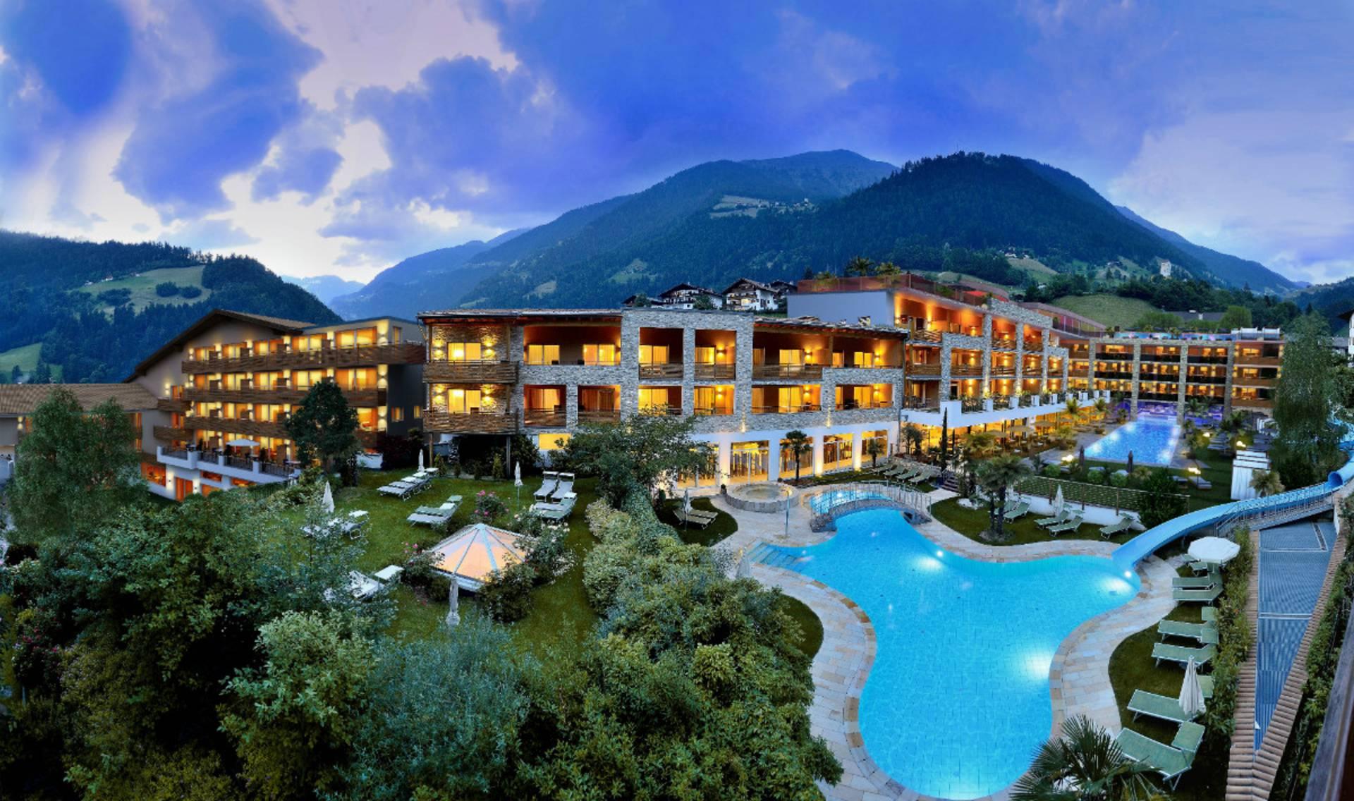 Unser Hotel In Sudtirol Willkommen Im Stroblhof